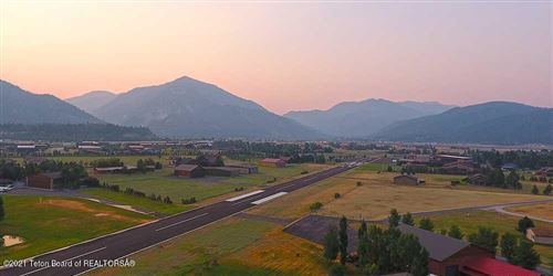 Photo of 172 AIRPORT DR LOT 49 PT, Alpine, WY 83128 (MLS # 21-3658)