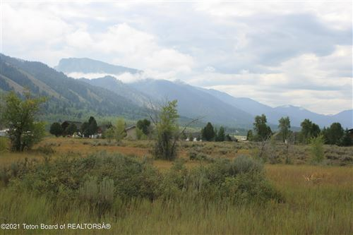 Photo of 47 PONDEROSA DR, Star Valley Ranch, WY 83127 (MLS # 21-2699)