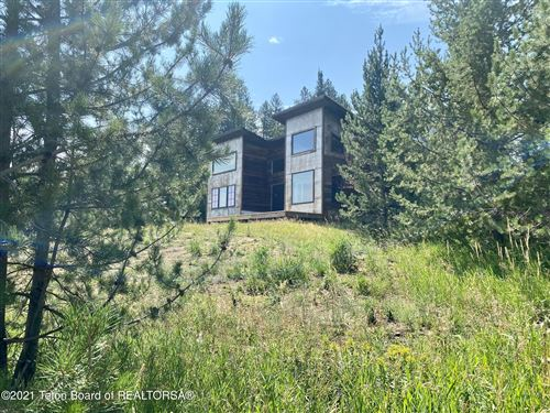 Photo of 193 CARIBOU FOREST DR, Alpine, WY 83128 (MLS # 21-2885)