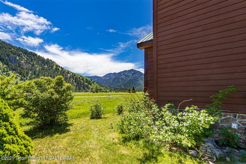 Photo of 531 FOREST CIRCLE, Alpine, WY 83128 (MLS # 21-1948)