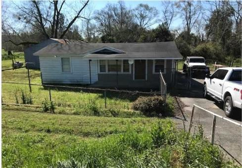 Photo of 912 E E Franklin St, Sylvester, GA 31791 (MLS # 132261)