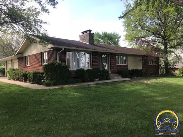 Photo for 6035 SW 46th TER, Topeka, KS 66610 (MLS # 201279)