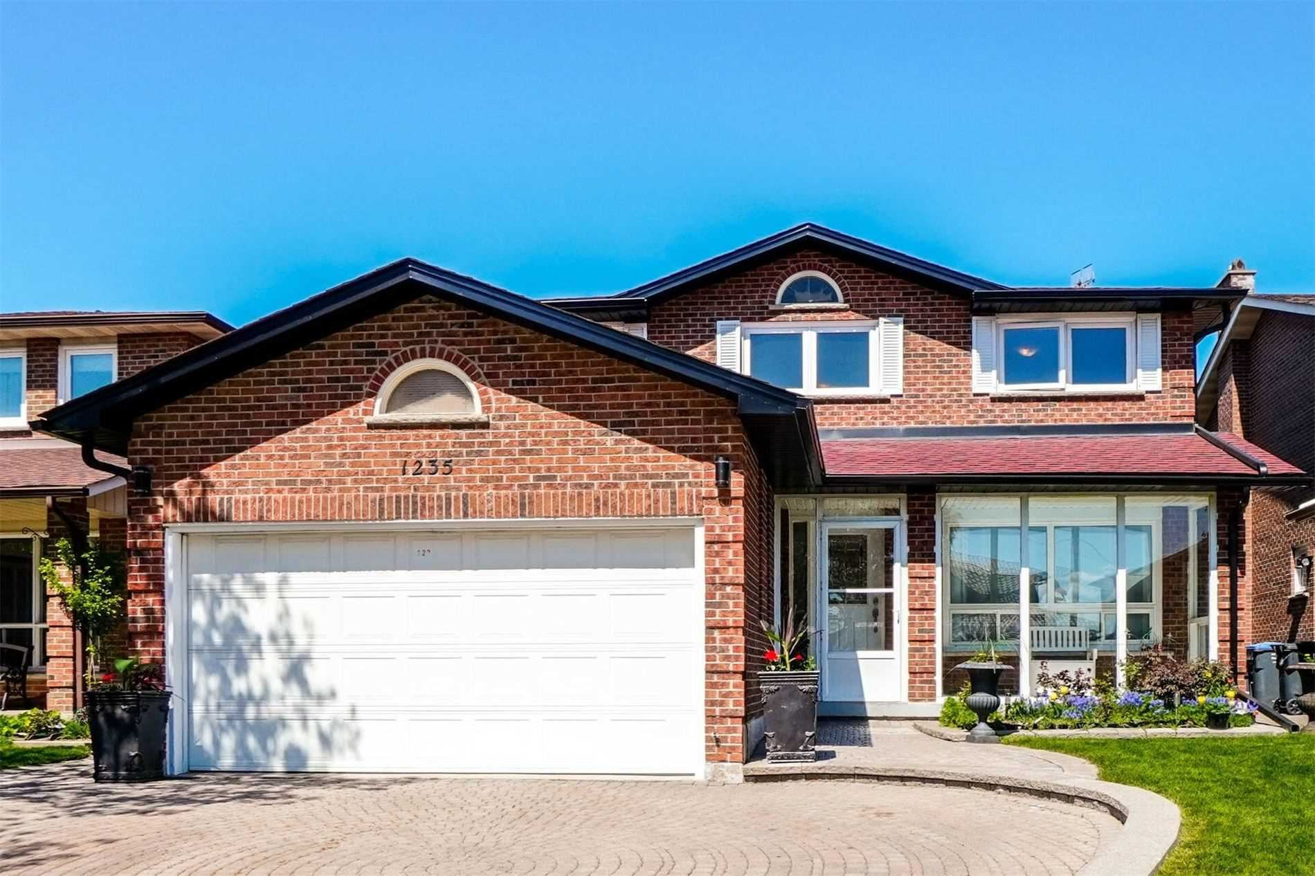 1235 Gryphon Mews, Mississauga, ON L4W3E1 - MLS#: W5234068