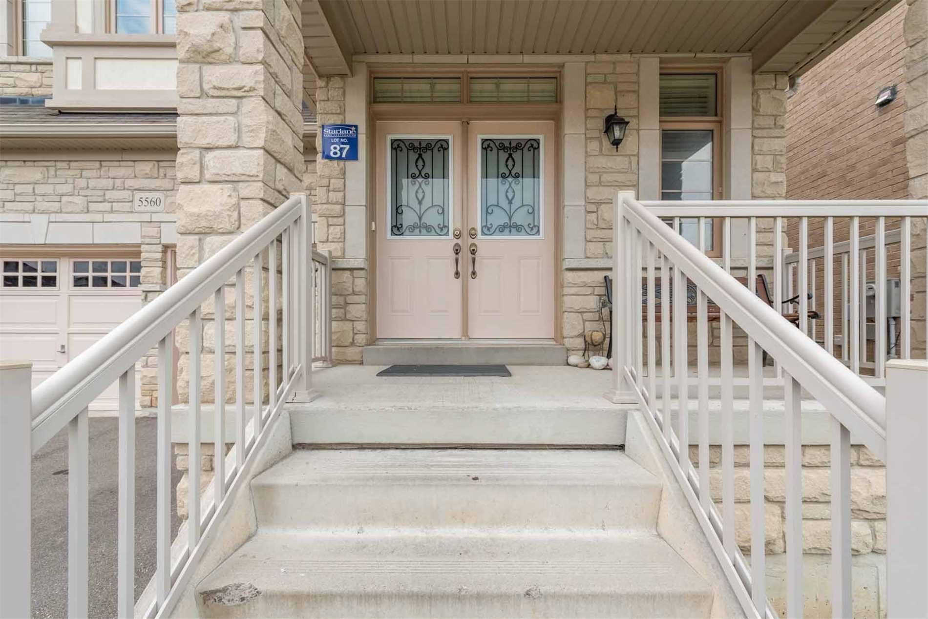 Photo of 5560 Ethan Dr, Mississauga, ON L5M 0W1 (MLS # W5326089)
