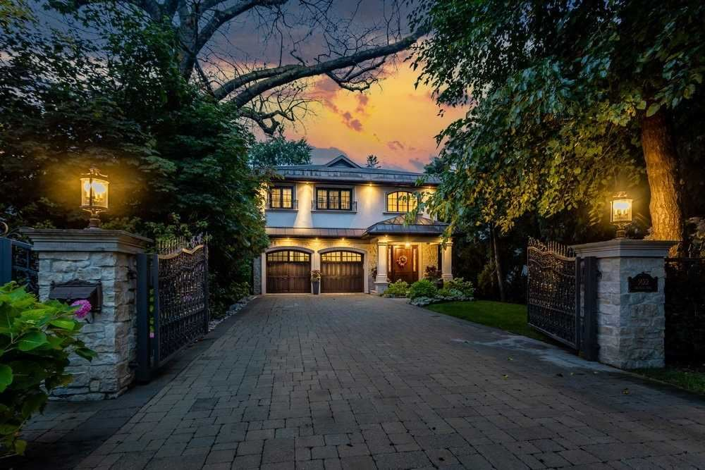 1422 Crescent Rd, Mississauga, ON L5H1P6 - MLS#: W5408098