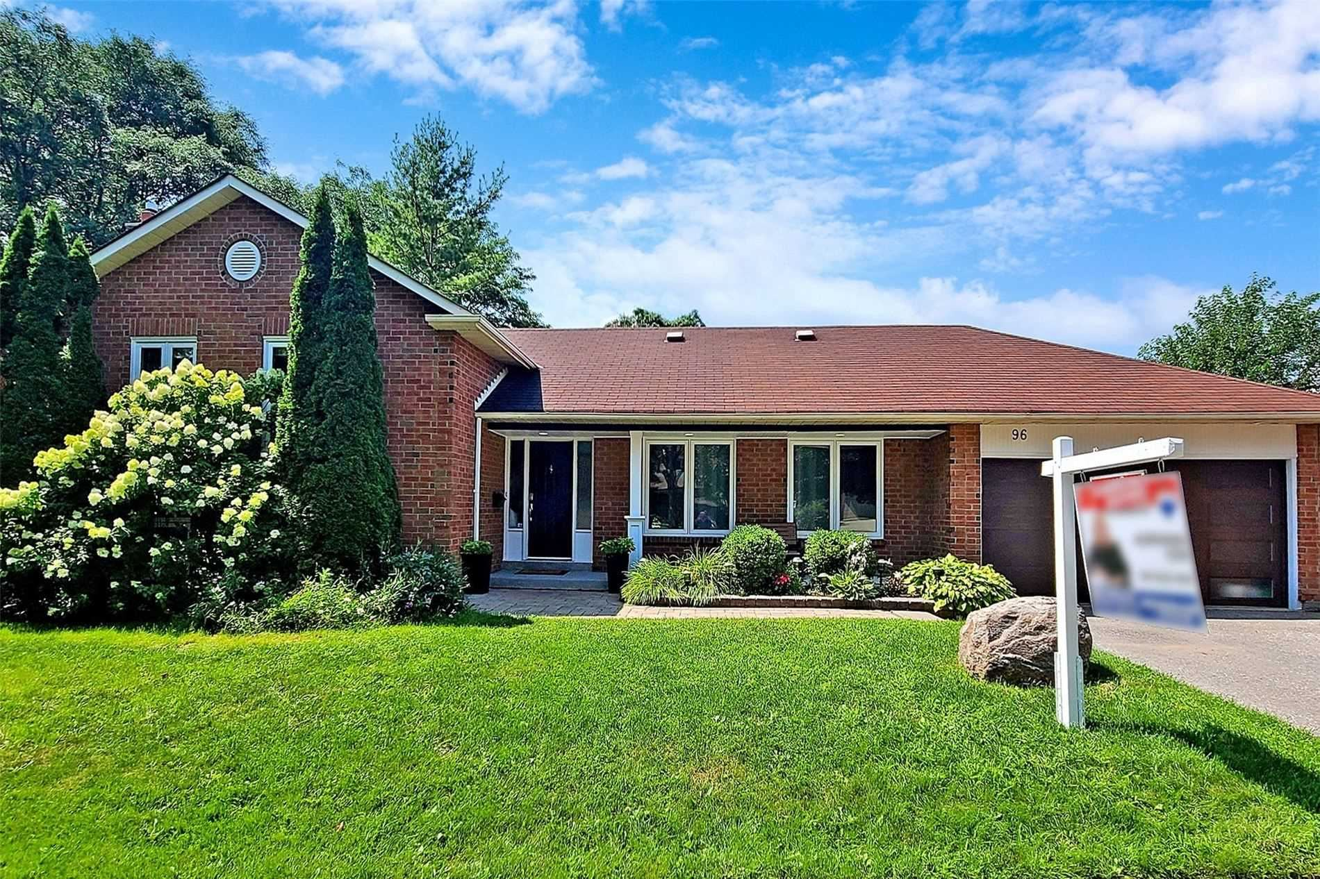 Photo of 96 Holliday Dr, Whitby, ON L1P1C9 (MLS # E5323118)