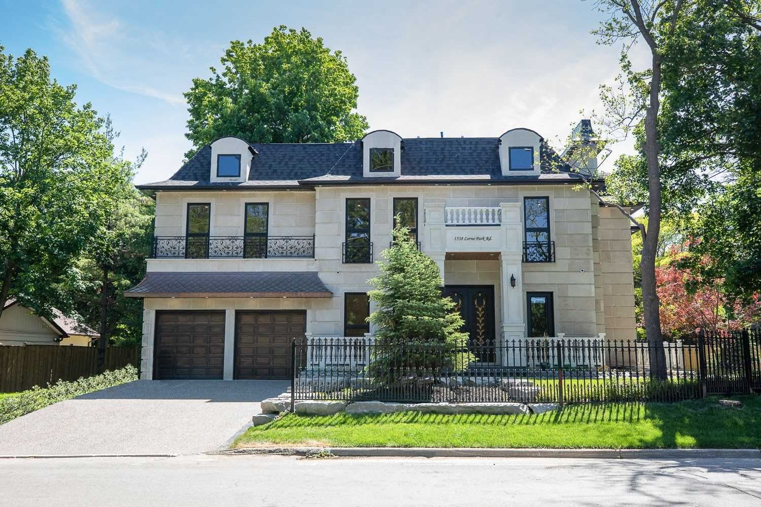 1374 Indian Rd, Mississauga, ON L5H1S4 - MLS#: W5379184