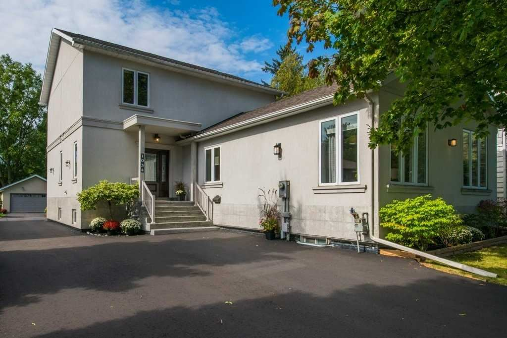 1034 Orchard Rd, Mississauga, ON L5E2N9 - MLS#: W5380229