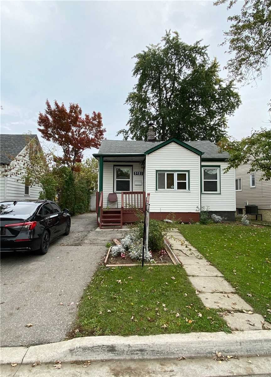 3122 Churchill Ave, Mississauga, ON L4T1R5 - MLS#: W5404250