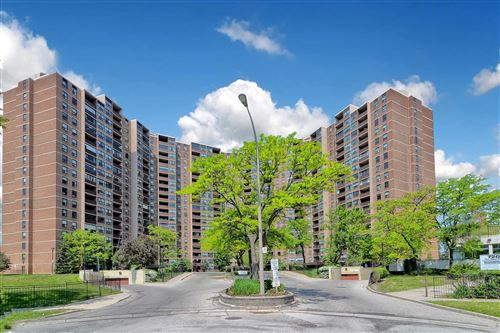 Photo of 716 The West Mall Dr #611, Toronto, ON M9C 4X6 (MLS # W5381276)