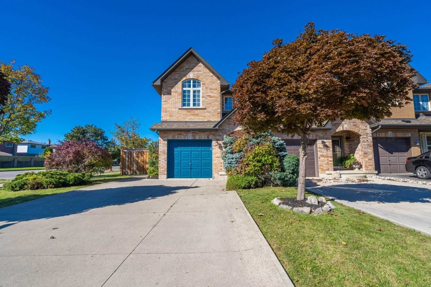 2 Townmansion Dr, Hamilton, ON L8T 5A7 - MLS#: X5409285