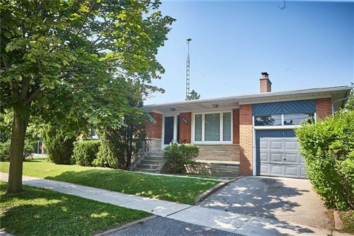 Photo of 131 West Deane Park Dr, Toronto, ON M9B2S6 (MLS # W5321297)