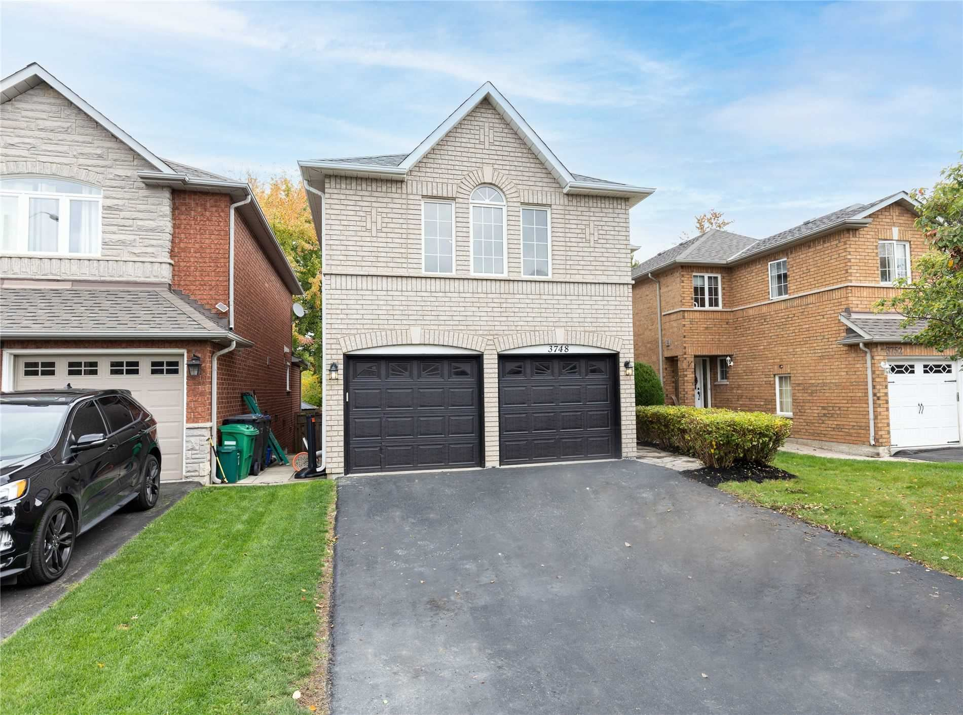 3748 Forest Bluff Cres, Mississauga, ON L5N7T7 - MLS#: W5399366