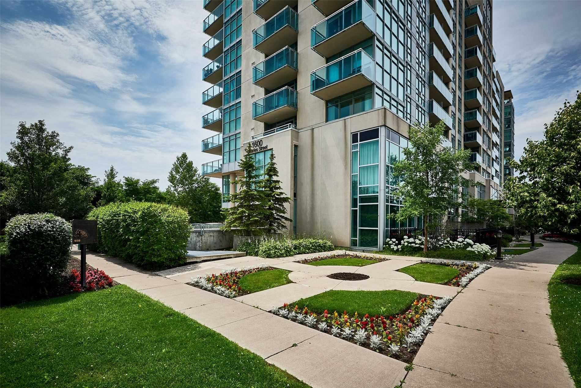Photo of 1600 Charles St #604, Whitby, ON L1N 0G4 (MLS # E5324382)
