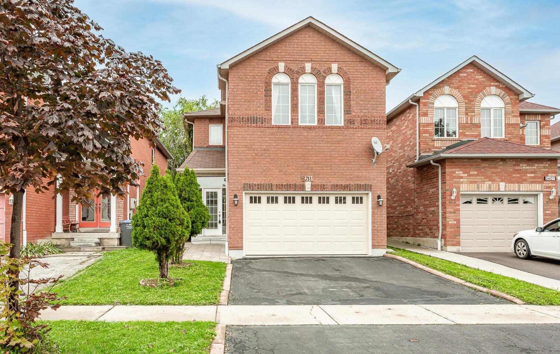 5611 Brenchley Ave, Mississauga, ON L5V2H3 - MLS#: W5399385
