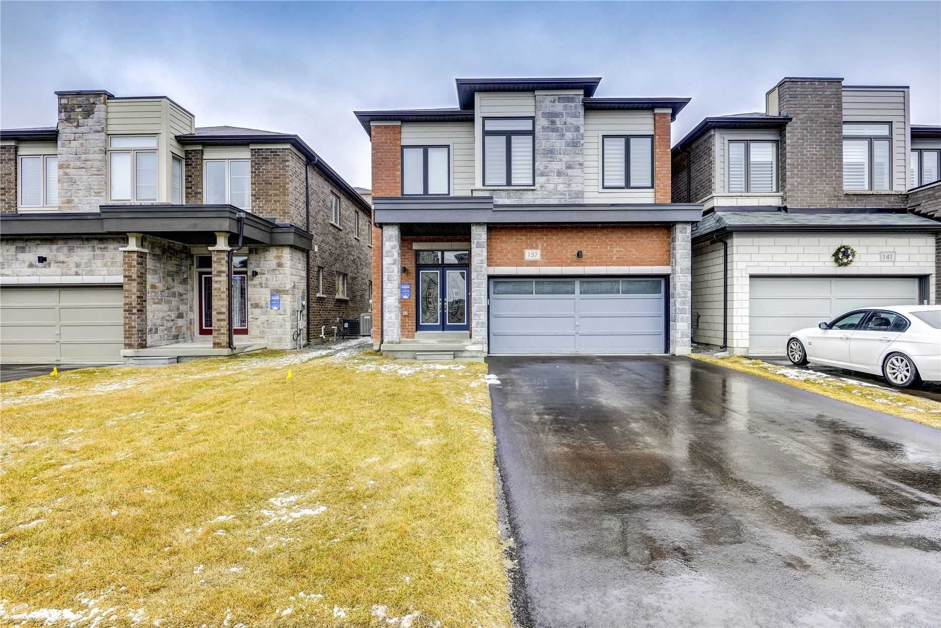 137 Vantage Loop Dr, Newmarket, ON L3X 1K8 - MLS#: N5201427