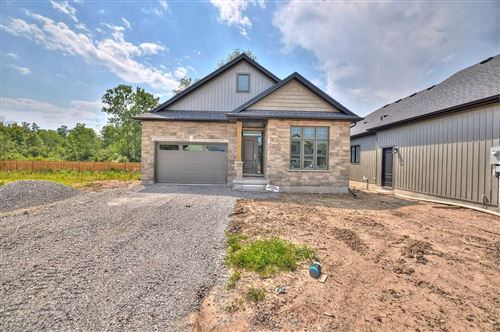 Photo of 1047 Kettle Crct #Lot 9, Fort Erie, ON L2A 1H3 (MLS # X5322483)