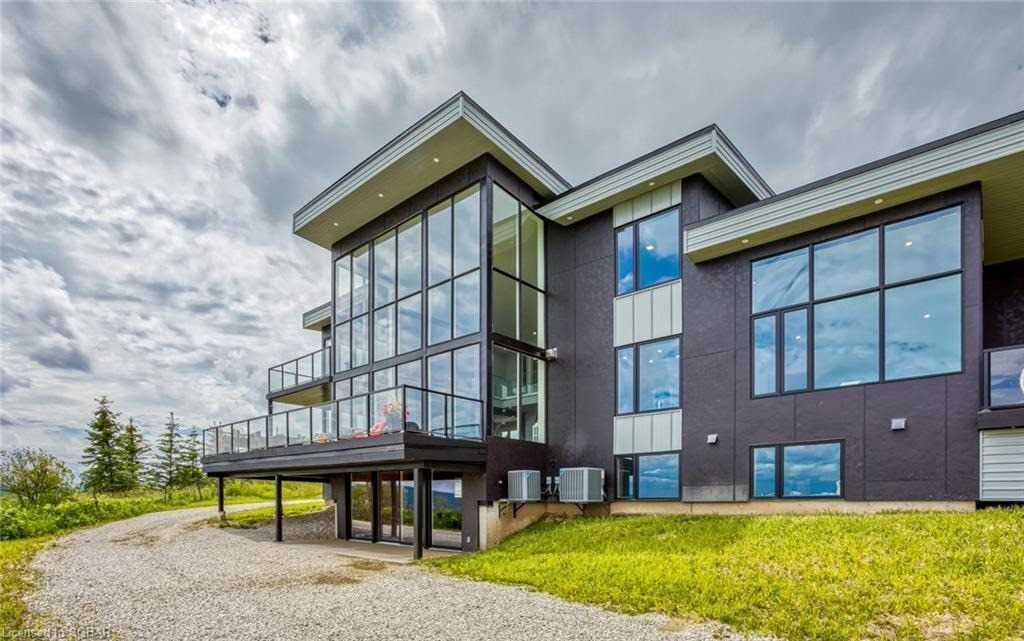 2642 Fairgrounds Rd, Clearview, ON L0M 1G0 - MLS#: S5366510