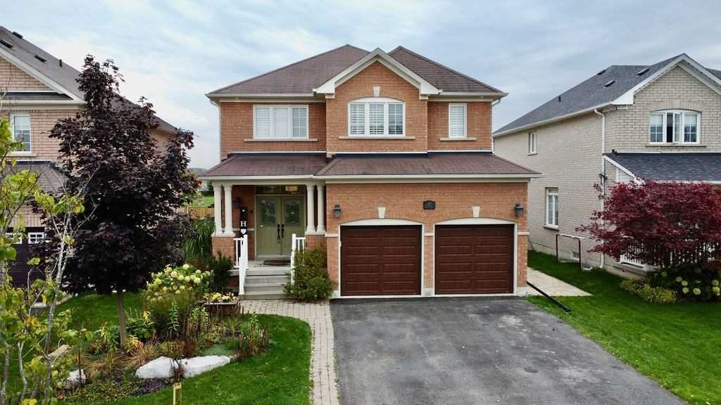 103 Empire Dr, Barrie, ON L4M 0A9 - MLS#: S5411518