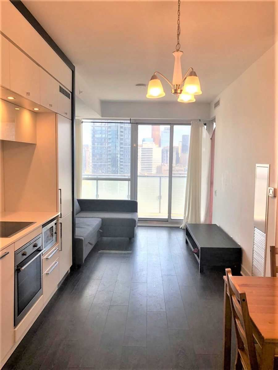 Photo of 15 Grenville  St #2511, Toronto, ON M4Y1A1 (MLS # C5325522)