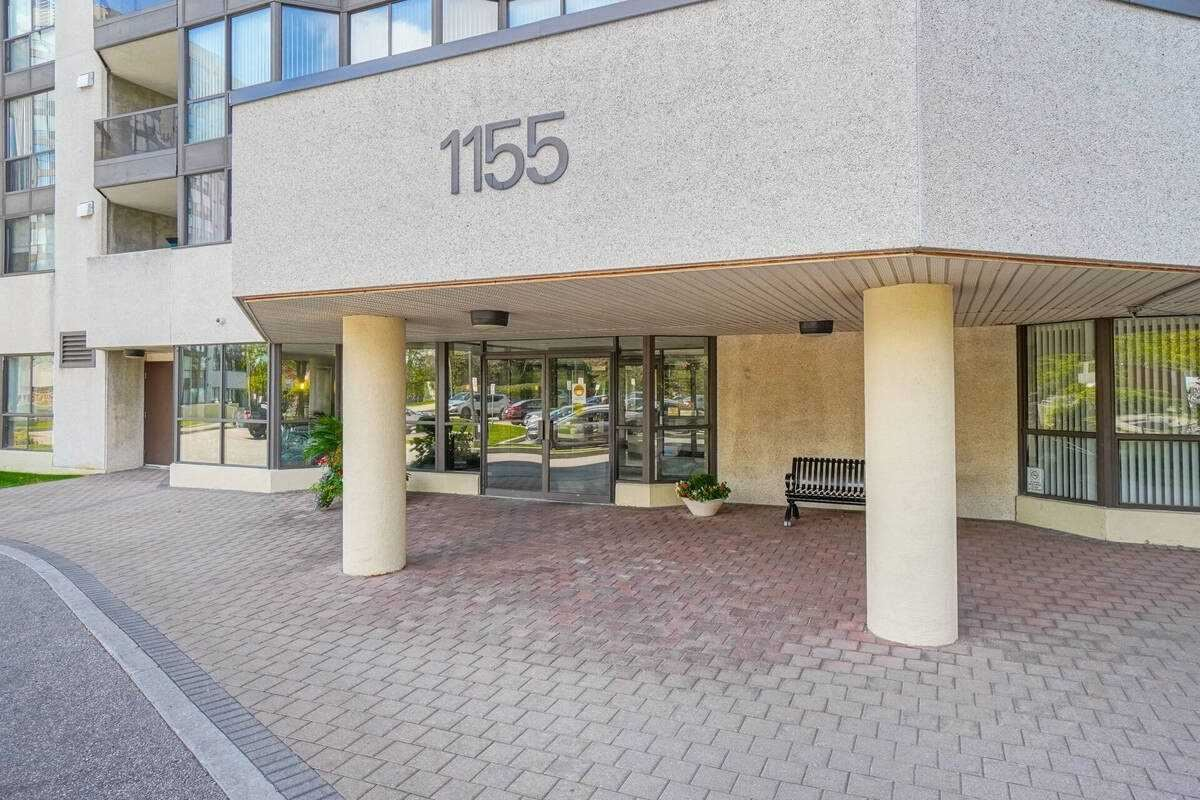 1155 Bough Beeches Blvd #1109, Mississauga, ON L4W 4N2 - MLS#: W5386536