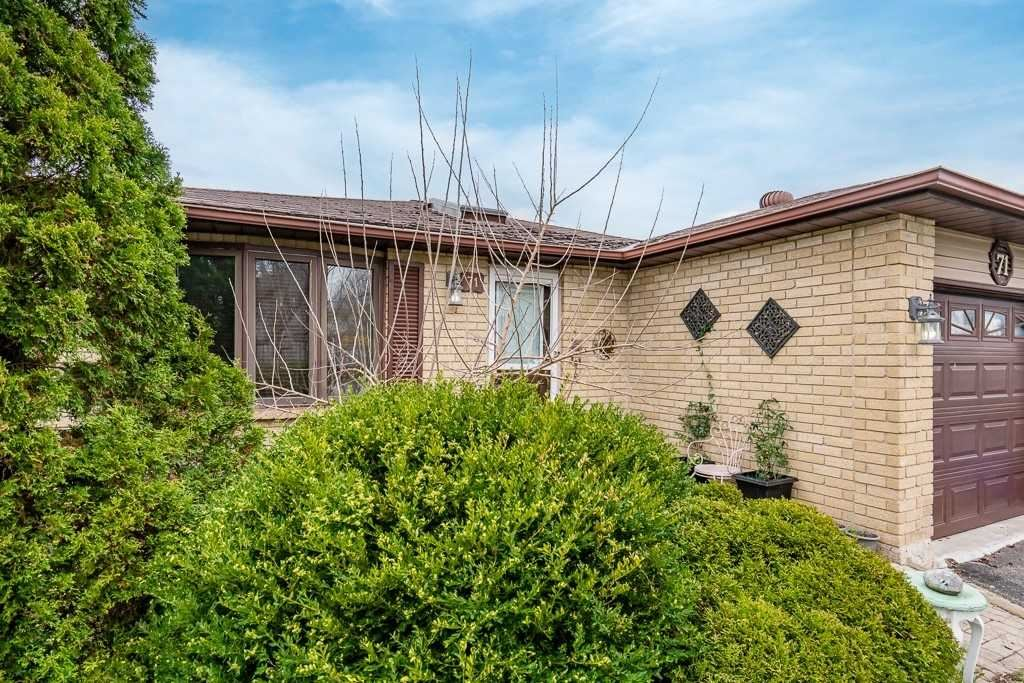 71 Hickling Tr, Barrie, ON L4M 5S7 - MLS#: S5212647