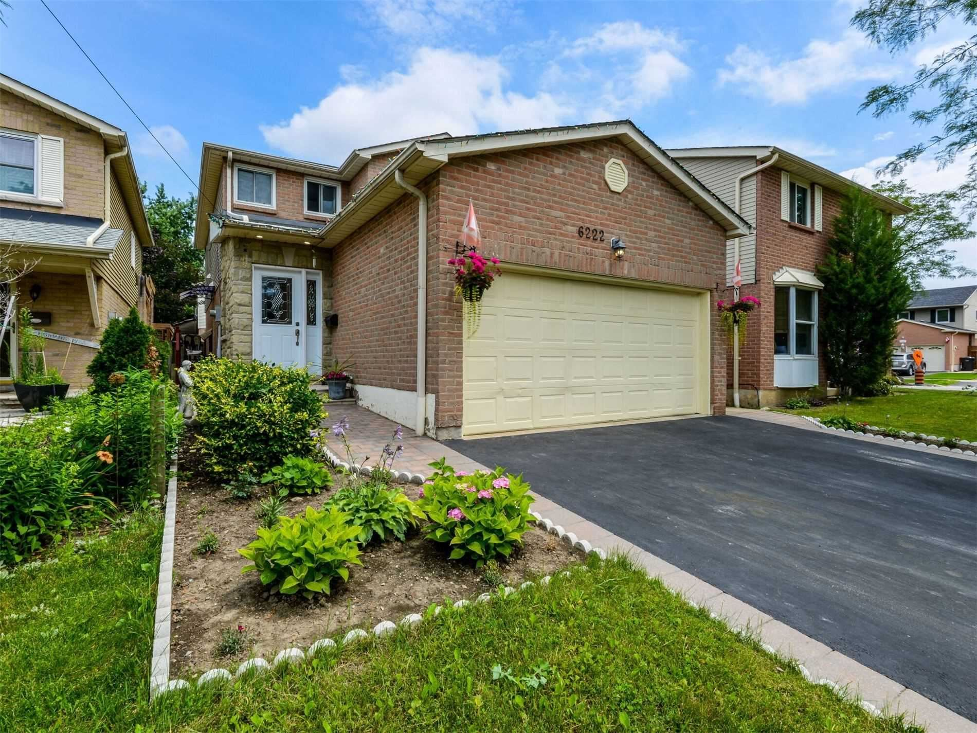 Photo of 6222 Fullerton Cres, Mississauga, ON L5N3A4 (MLS # W5284842)