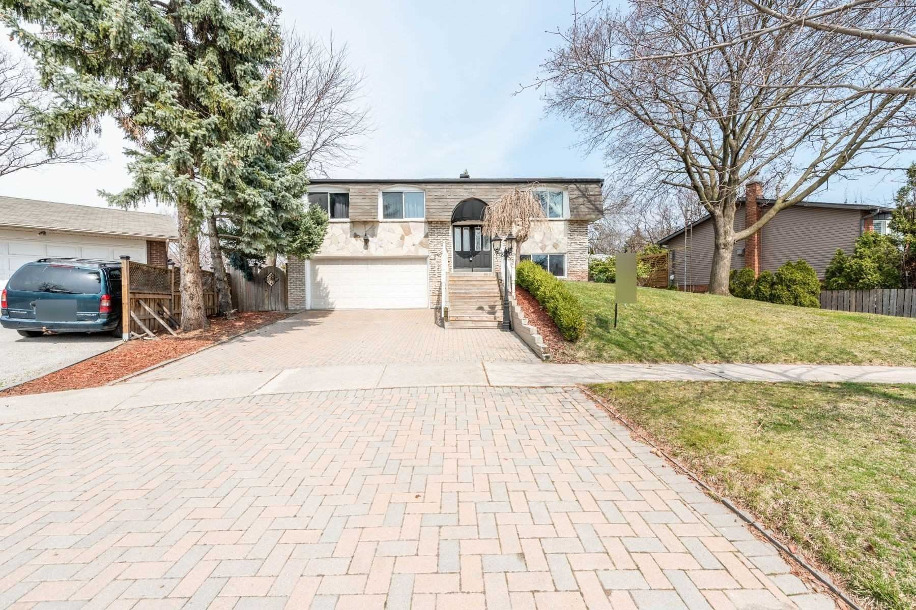 2483 Yarmouth Cres, Oakville, ON L6L 2M9 - MLS#: W5396853