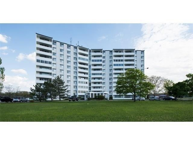 35 Towering Heights Blvd #1105, St. Catharines, ON L2T3G8 - MLS#: X5244866
