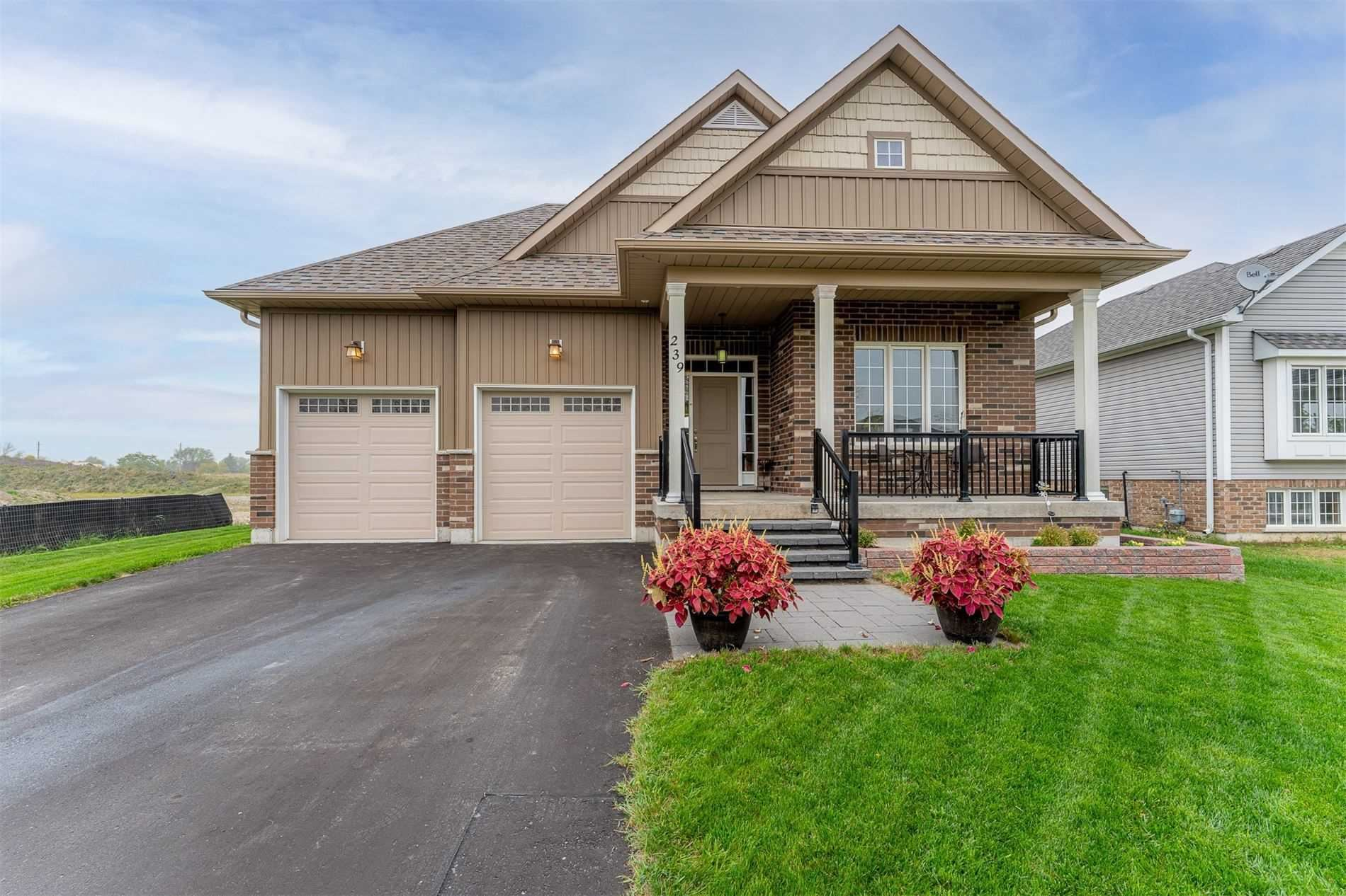 239 Centre St, Clearview, ON L0M 1S0 - MLS#: S5400876
