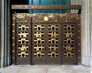 Photo of 210 W WASHINGTON SQ #7N, PHILADELPHIA, PA 19106 (MLS # 7125039)