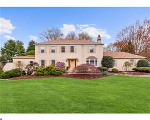 Photo of 1105 BEVERLY LN, NEWTOWN SQUARE, PA 19073 (MLS # 7176167)