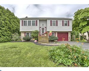 Photo of 116 W CHARLES ST, WERNERSVILLE, PA 19565 (MLS # 7218241)