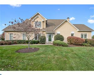 Photo of 137 SAWGRASS DR, BLUE BELL, PA 19422 (MLS # 7085247)