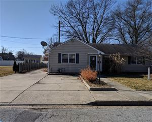 Photo of 11 LAKEVIEW AVE, PENNSVILLE, NJ 08070 (MLS # 7118423)