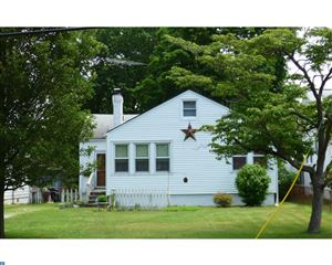 Photo of 453 HOLLYWOOD AVE, CARNEYS POINT, NJ 08069 (MLS # 7196533)