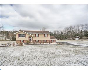Photo of 240 FOREST VIEW DR, KUTZTOWN, PA 19530 (MLS # 7119644)