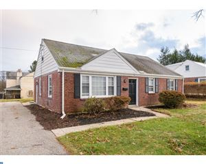 Photo of 19 LONGWOOD DR, WAYNE, PA 19087 (MLS # 7094911)