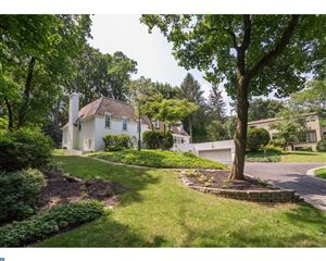 Photo of 137 AIRDALE RD, BRYN MAWR, PA 19010 (MLS # 7165921)