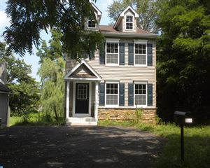 Photo of 989 FAIRVIEW AVE, WAYNE, PA 19087 (MLS # 7077927)