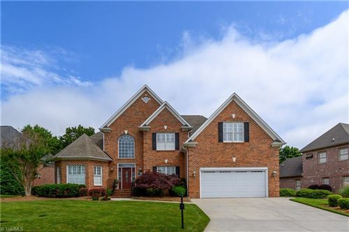 Photo of 2109 Waterford Village Drive, Clemmons, NC 27012 (MLS # 977008)