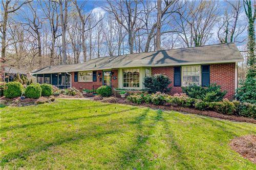 Photo of 2469 Ardmore Manor, Winston Salem, NC 27103 (MLS # 997016)