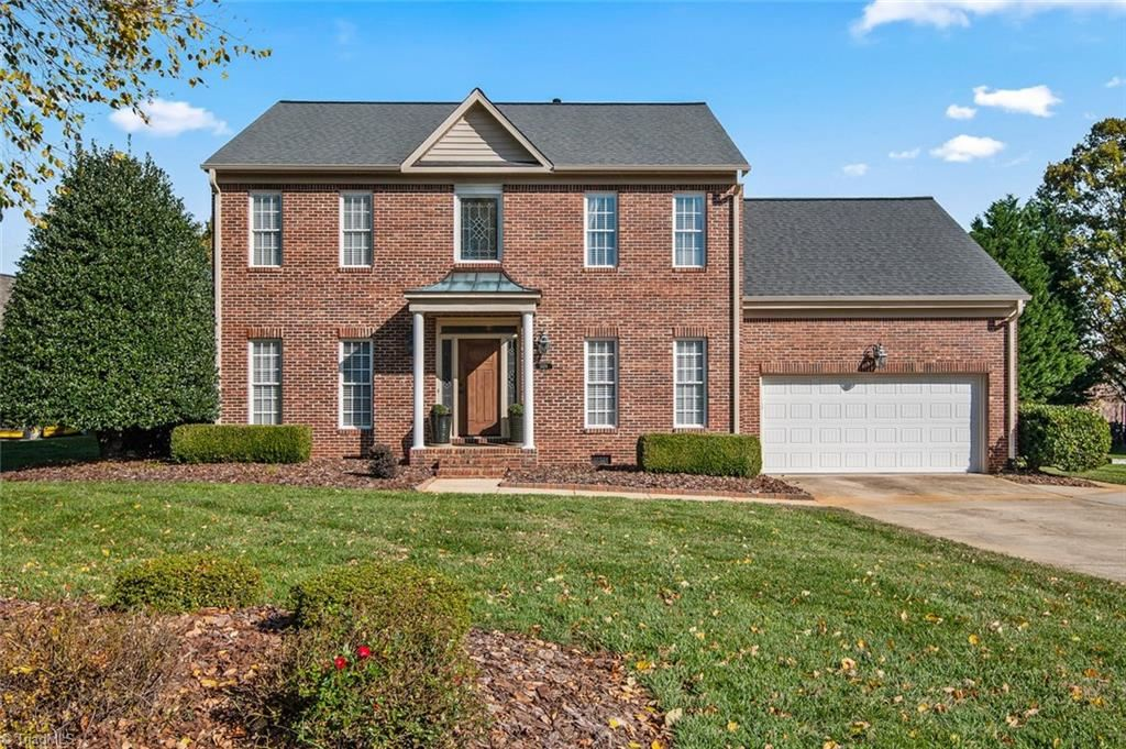 Photo of 1409 Wisteria Court, High Point, NC 27265 (MLS # 955028)
