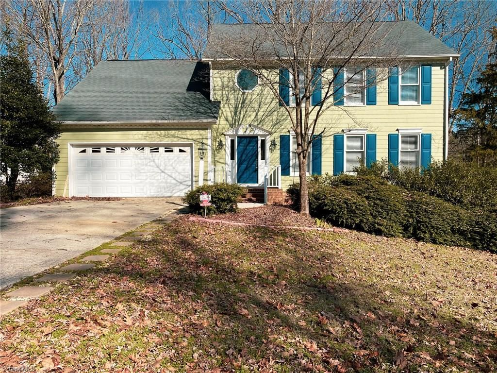Photo of 6306 Lakebend Court, Greensboro, NC 27410 (MLS # 963047)