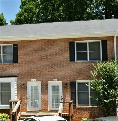 Photo of 1435 King Charles Drive, Clemmons, NC 27012 (MLS # 981057)