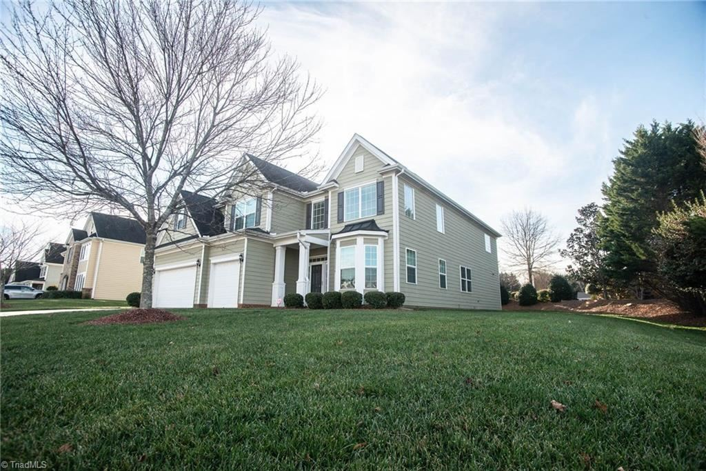 Photo of 2324 Rockland Circle, High Point, NC 27265 (MLS # 962069)