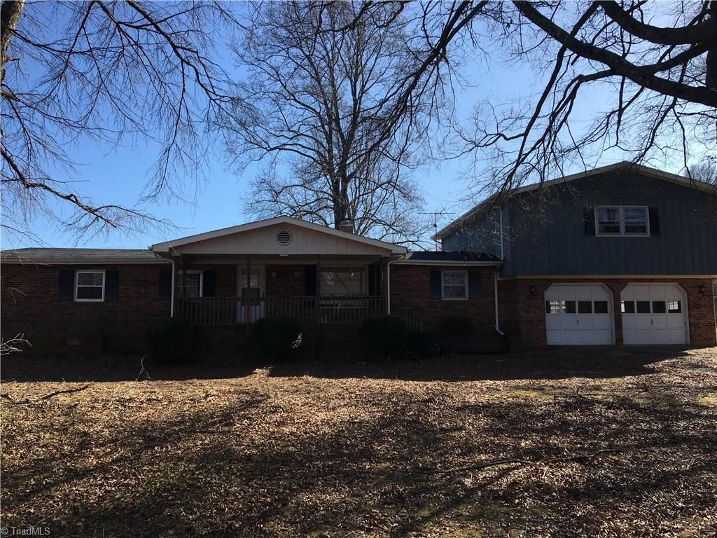 Photo of 901 County Home Road, Reidsville, NC 27320 (MLS # 963073)