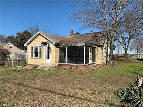 Photo of 4679 High Point Road, Kernersville, NC 27284 (MLS # 963076)
