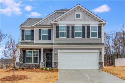 Photo of 5189 Quail Forest Drive, Clemmons, NC 27012 (MLS # 999089)