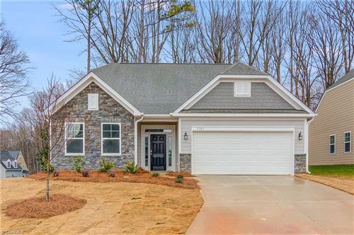 Photo of 5161 Quail Forest Drive, Clemmons, NC 27012 (MLS # 999092)